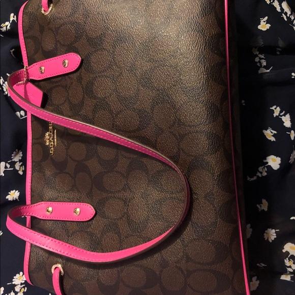 Handbags - COACH HANDBAG
